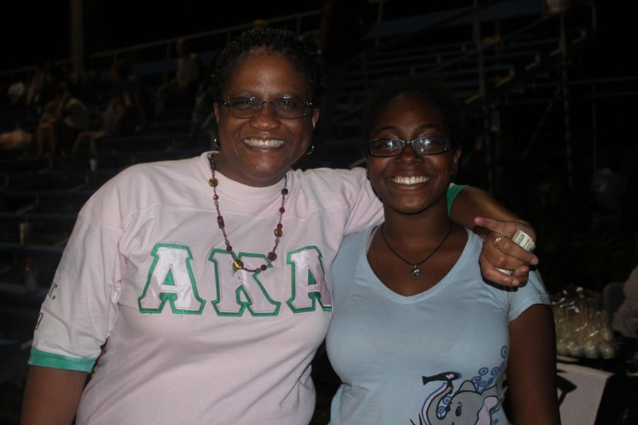 Kemia+Lockhart%2C+assistant+principal%2C+rocking+her+Alpha+Kappa+Alpha+Sorority+T-shirt%2C+gets+a+hug+from+Danielle+Kennedy.+