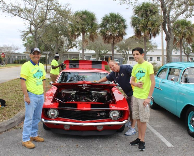 VROOM%3A+Car+owner+%22Neil%22+shows+off+his+1968+Camero+V-28%2C+with+Math+teacher+Enver+Peck%2C+left%2C+and+student+Randall+Cavali.