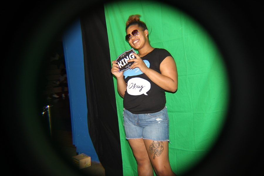 PHOTO+BOOTH%3A+Janay+Brewer+smiles+as+she+gets+her+picture+taken+in+the+gym.