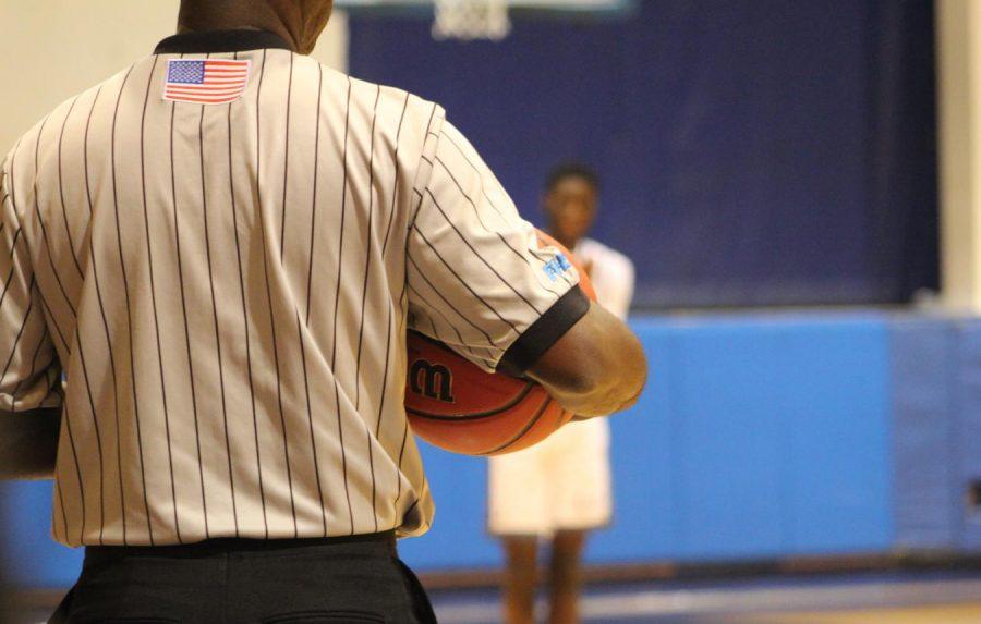 BIG GAME: The boys varsity basketball team went against Oxbridge Academy on Jan. 19.