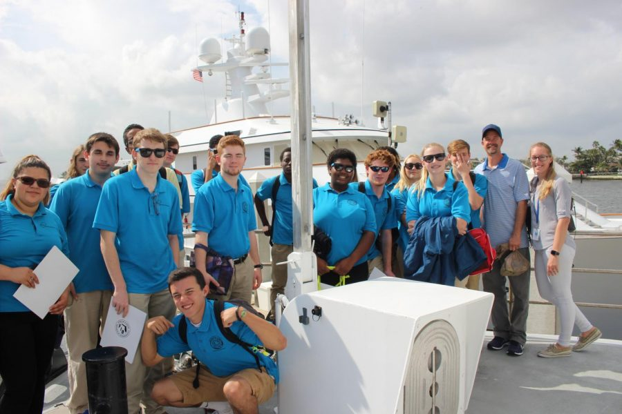LIQUID+EXPERIENCE%3A+Marine+Technology+students+toured+the+W.T.+Hogarth+research+vessel+at+the+Bahia+Mar+Marina+in+Fort+Lauderdale+on+Jan.+29%2C+accompanied+by+Marine+Biology+instructor+Ms.+Rose+and+Marine+Technology+teacher+Mr.+Rice.