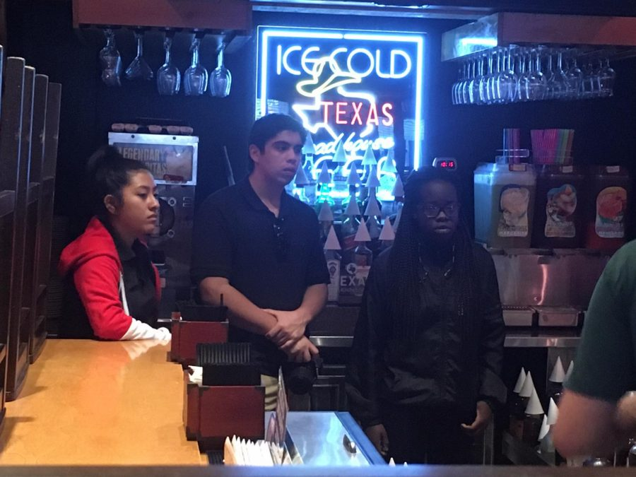 PRE PRODUCTION MEETING: TV Production advanced seniors meet with Texas Roadhouse management to plan their upcoming promo shoot for the restaurant.