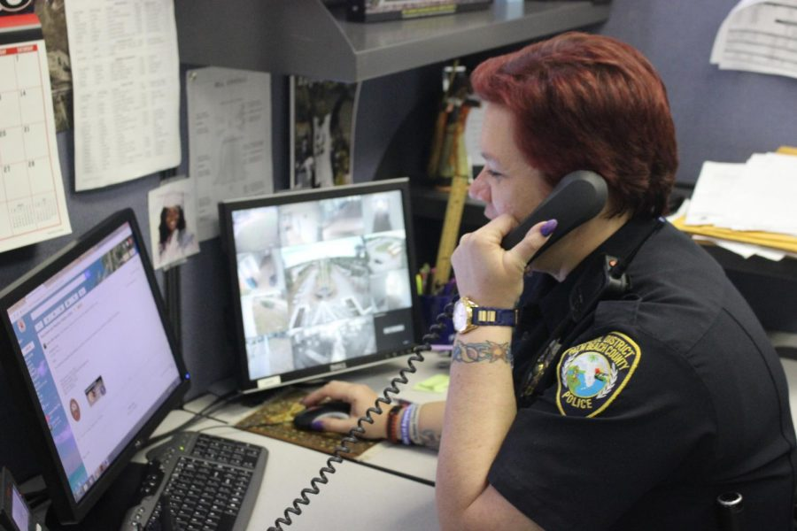 911%3A+Officer+Sessions+on+the+phone+with+an+old+partner.
