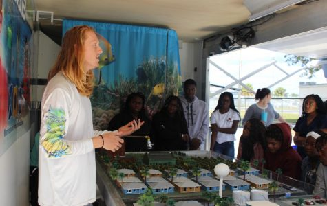 OCEAN EXIRIENCES : Students got a hands- on experience when the Florida Marine Academy visited in their Mobile Marine Lab. Students from different classes were taught about Florida's waterways, got to work with virtual sand, interact with sea creatures and play with a virtual fishing simulator.