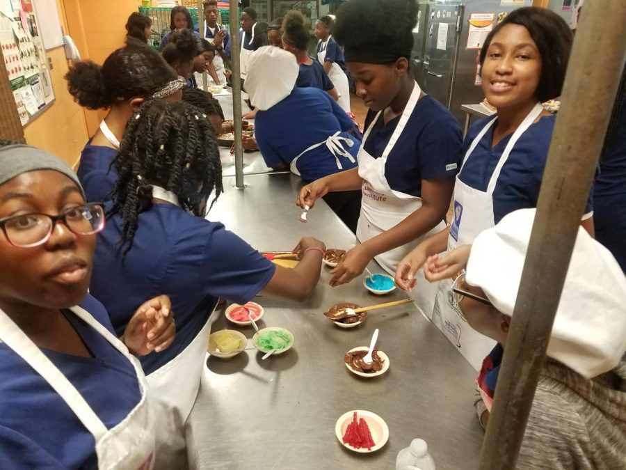 All students took part, as their icing was distributed to them. Mrs. Paramore said that All of the students enjoyed this collaboration between the Culinary and Medical students.