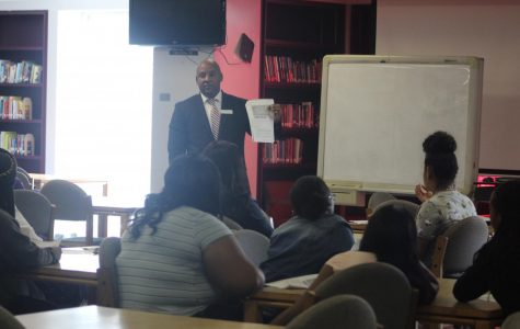BANK WORTH TALKING ABOUT: Financial Advisor  ,Etzar Roger, from PNC Bank visited the Medical Canes today, to help students understand finance basics, credit, and loans.