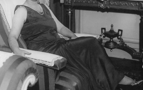 DOROTHY: A photo of Journalist Dorothy Thompson, the first american correspondent that Hitler expelled from Germany. For agitating against the Nazis in print and on the radio, warning Americans of the threat of fascism.