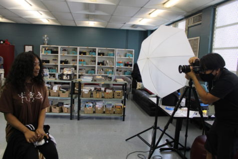 CLICK: Cady Studios came to take pictures of the underclassmen.